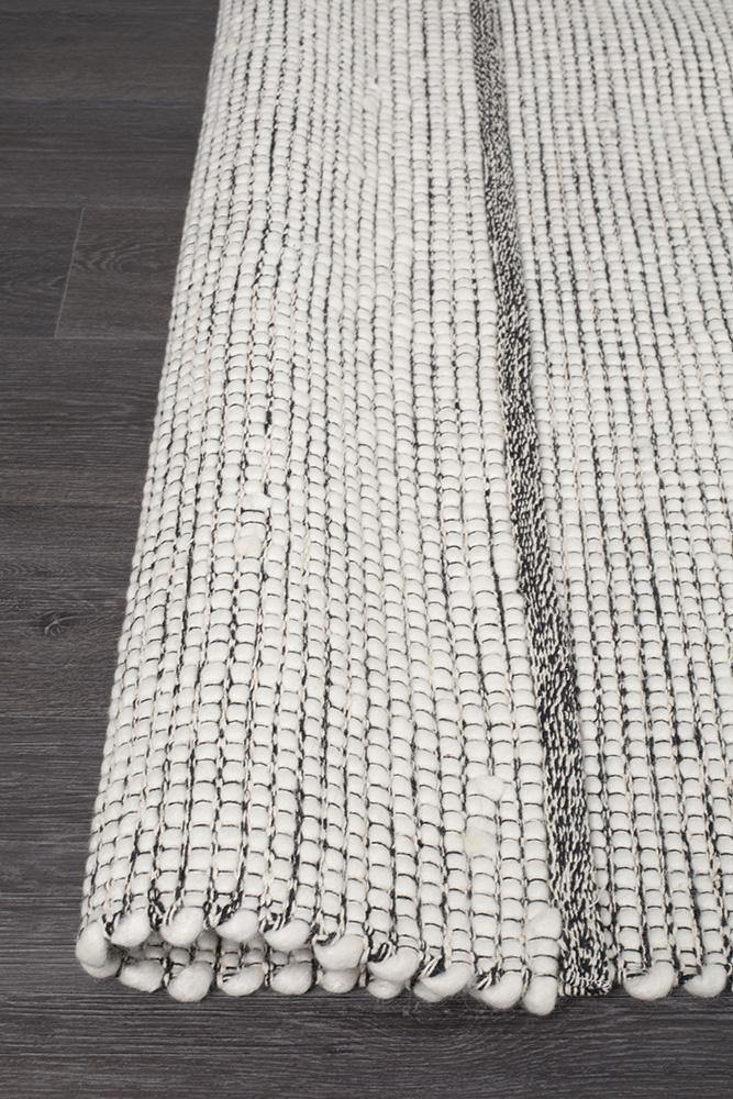 Loft Stunning Wool Black Rug